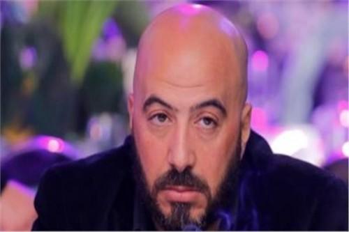 مجدي الهواري ينشر صورة نادرة له بصحبة الراحل فريد شوقي