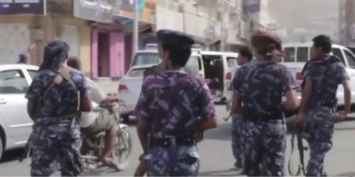 القبض على متهم بسرقة مواشي ودراجة نارية في سيئون