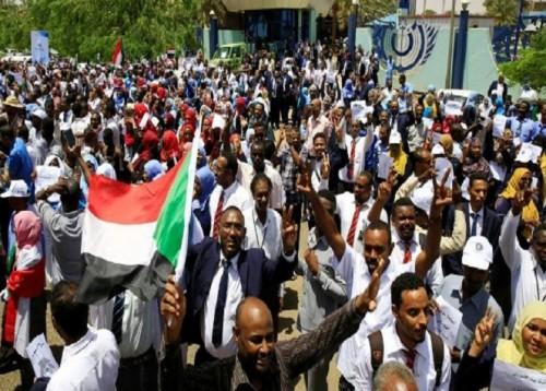 المجلس الانتقالي السوداني يرحل قادة الحركة الشعبية إلى محافظة الجنوب