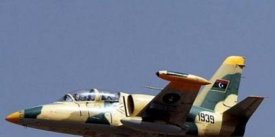 مقاتلات الجيش الوطني الليبي تستهدف مواقع لمليشيا الوفاق بطرابلس