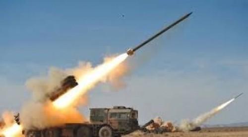 سياسي: صواريخ الحوثي على السعودية عدوان سافر