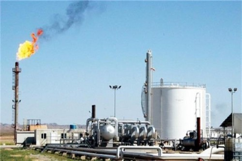 بحث تعزيز علاقات التعاون بمجالات النفط والغاز بين الإمارات واليمن