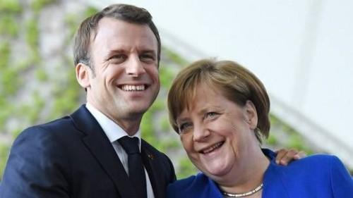 ماكرون: سأؤيد ميركل حال ترشحها لرئاسة المفوضية الأوروبية