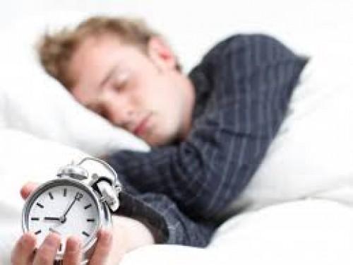 لمُحبِّي السهر..11خطوة تضبط نسق النوم
