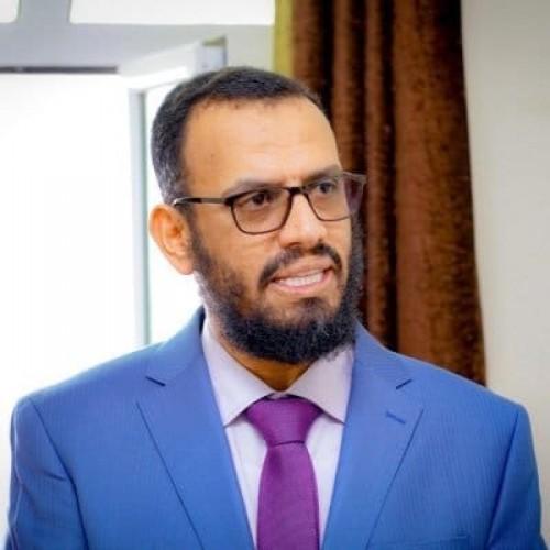 بن بريك: الحوثي يمارس سياسة النفس الطويل في الحرب