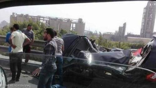 مصرع وإصابة 22 شخصا جراء حادث تصادم بين سيارتين في مصر
