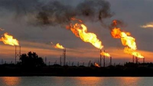 وكالة فارس الإيرانية: حريق الحقل النفطي المشترك مع قطر مازال مشتعلا