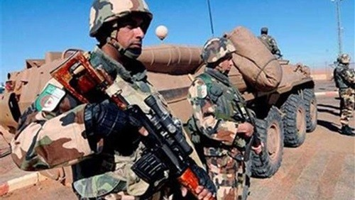 الدفاع الجزائرية: ضبط مخبأين للأسلحة والذخيرة بولاية تمنراست