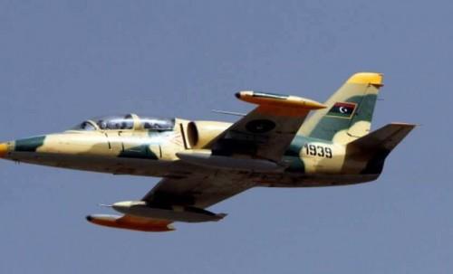 """الجيش الوطني الليبي يستهدف مواقع عسكرية لمليشيا """"الوفاق"""" بطرابلس"""