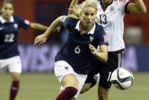 ديشامب يؤازر منتخب فرنسا للسيدات أمام النرويج بكأس العالم