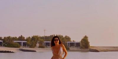 لاميتا فرنجية تنشر صور أحدث جلسة تصوير على الشاطئ (صور)