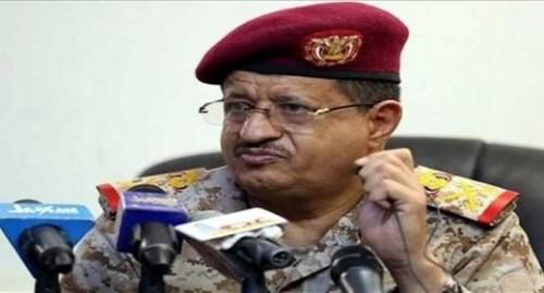 """""""سكت يوماً وفجّر جدلاً"""".. ماذا وراء إدانة وزير الدفاع لهجوم مطار أبها؟"""