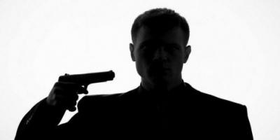 جريمة بشعة في أبين.. مواطن يقتل نفسه وزوجته وأولاده بسبب ظروفه المعيشية