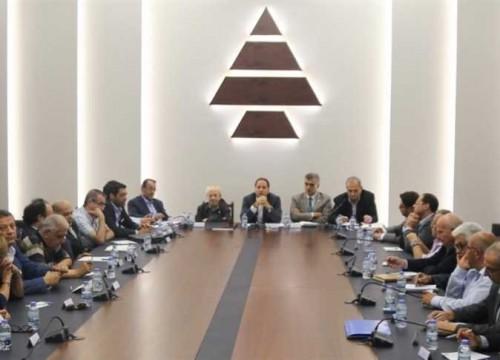 حزب الكتائب اللبناني: نرفض المساس بدول الخليج