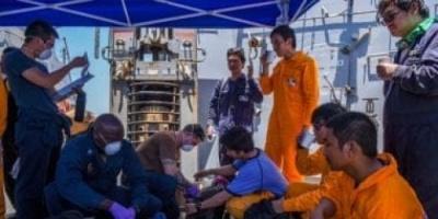 عودة البحارة الروس الناجيين من حادث ناقلتي النفط بعمان في أقرب وقت