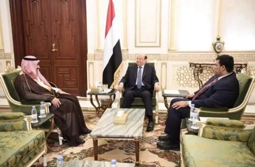 خبير استراتيجي يسخر من مدير مكتب الرئاسة: ظاهرة سياسية لا تحدث إلا مع الشرعية