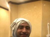 علي ربيع يبهر جمهوره بتسريحة شعره الغريبة (صورة)