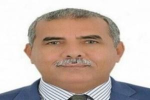 غالب يسخر من إطلاق هاشتاج لعودة هادي لليمن