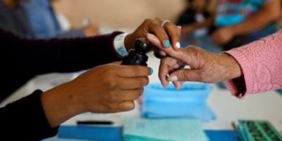 الناخبون في جواتيمالا يتوافدون على لجان الاقتراع لاختيار رئيس جديد