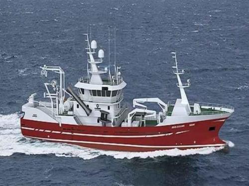 اليابان ترصد أكثر من 300 قارب صيد كوري شمالي ينتهك المياه الإقليمية
