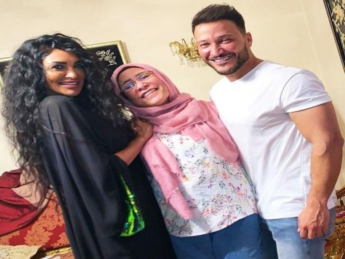 سالي عبد السلام تهنئ الإعلامي وائل منصور بعيد ميلاده