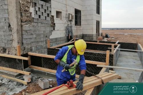 بدء أعمال الأساسات في مبنى خفر السواحل في حجة (صورة)