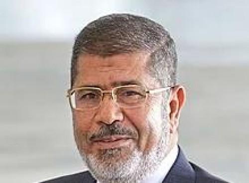 تعرف على أول تعليق لنجل مرسي على وفاة والده