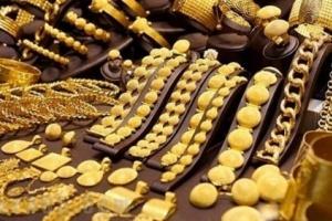 انخفاض طفيف في أسعار الذهب في الأسواق اليمنية صباح اليوم الثلاثاء