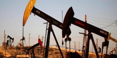 أسعار النفط تشهد تراجعًا لليوم الثاني على التوالي