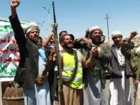 """قيادي حوثي يهدد مسؤولة أممية : """" العمل بشروطنا أو أرحلوا """""""