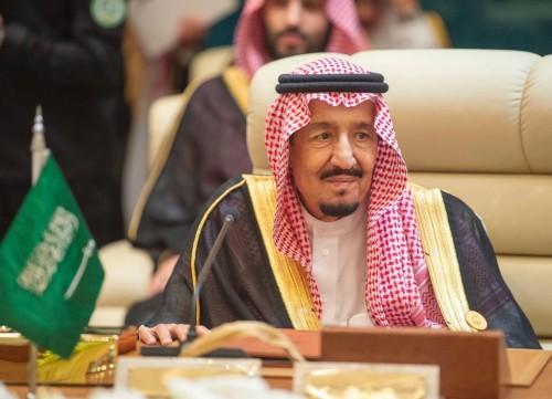 السعودية تدعو المجتمع الدولي للحزم في ضمان سلامة الملاحة المائية
