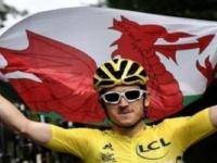 إصابة بطل سباق فرنسا للدراجات في حادث بسويسرا