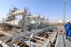 العراق..هجوم صاروخي على شركة نفطية وإجلاء وإصابة عاملين
