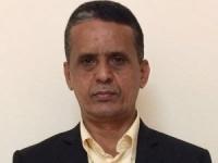 سياسي يهاجم علي محسن: مازلت تحشد لمعركة خاسرة