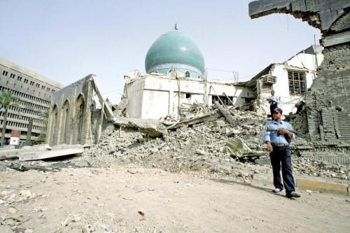 وقوع 7 قتلى في تفجير انتحاري استهدف مسجدا شرقي بغداد