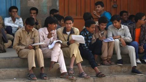 رصاص الحوثي الطائفي بحق الامتحانات أخطر من قذائف الحرب (ملف)