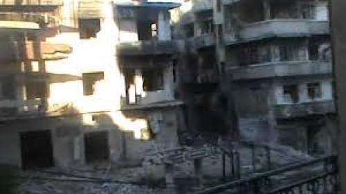 مئات الفلسطينيين يؤدون صلاة الجمعة بحي وادى الحمص لهذا السبب