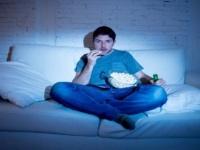 دراسة حديثة تحذر: السهر يسبب ضعف خصوبة الرجال