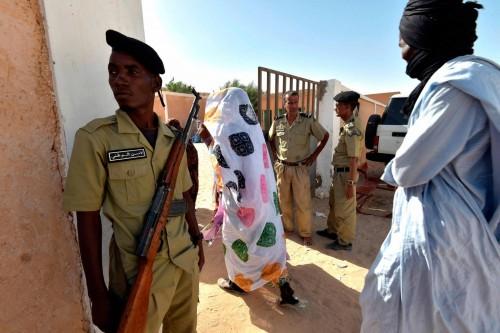 موريتانيا: التلفزيون الحكومي يعرض اعترافات لأجانب شاركوا في أعمال شغب بالبلاد
