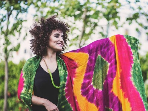 سكينة فحصى تحيي حفلًا بمهرجان تيميتار للموسيقى الأمازيغية