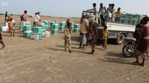 بدعم سعودي.. توزيع 250 سلة غذائية على المحتاجين بالتحيتا (صور)
