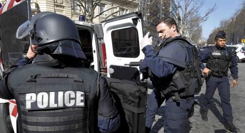 إصابة شخصين في إطلاق نار خارج مسجد غربي فرنسا