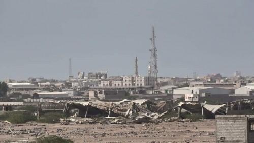 قصف حوثي عنيف على مواقع القوات المشتركة في الحديدة