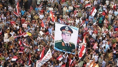 ثورة 30 يونيو المصرية تتصدر مواقع التواصل الإجتماعي