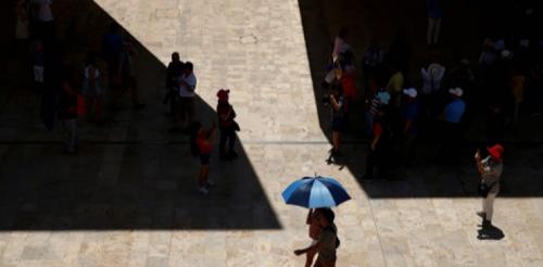فرنسا: وفاة أربعة أشخاص بسبب ارتفاع درجات الحرارة