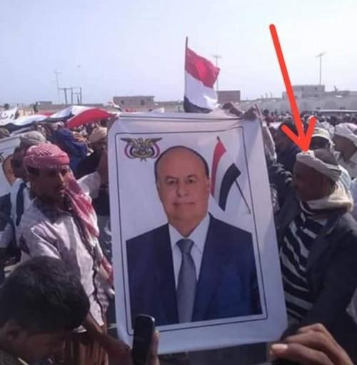 """بمظاهرات وهمية.. قوات الجيش تقوم بدور """" الدوبلير """" في سقطرى"""