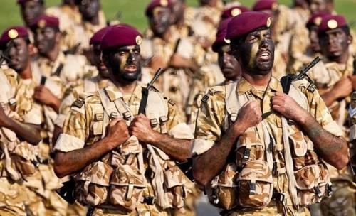بسبب الأزمة الطاحنة.. قطر تلجأ لتسريح أفراد الجيش الأجانب