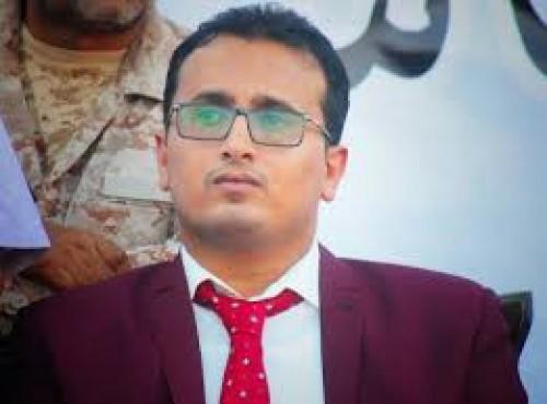 العولقي يُعلن وفاة السفير محمد هادي عوض العولقي