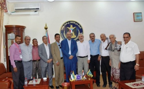 الزُبيدي يلتقي أعضاء جمعية البحث العلمي بالعاصمة عدن
