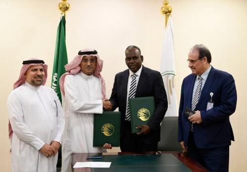 """اتفاقية سعودية مع """"اليونيسيف"""" لتطعيم مليون و140 ألف طفل يمني"""